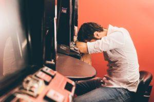 игромания, зависимость, лечение игромании, зависимость от игр, игровая зависимость, азарт