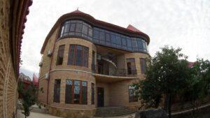 Здание реабилитационного центра Шаг