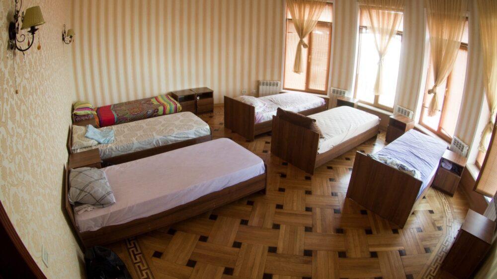 Спальни в реабилитационном центре Шаг